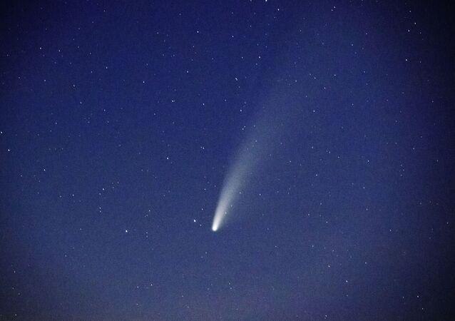 La comète NeoWise