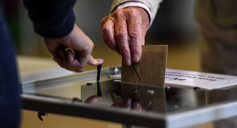 Urne électorale lors du second tour des municipales, juin 2020 (image d'illustration)