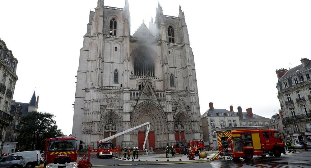Incendie dans la cathédrale de Nantes