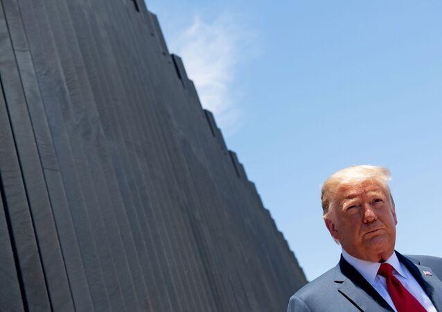 Trump et le mur à la frontière américano-mexicaine