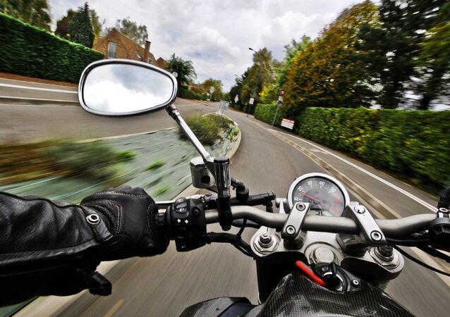 Moto, image d'illustration