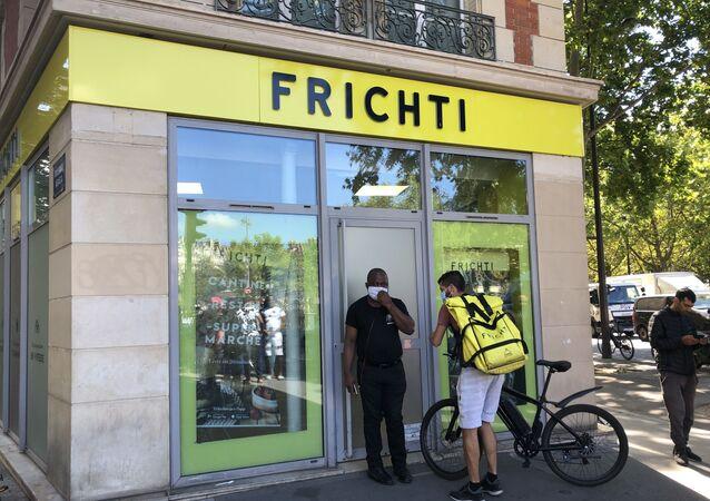 Une plateforme du livreur de repas à domicile Frichti, à Paris