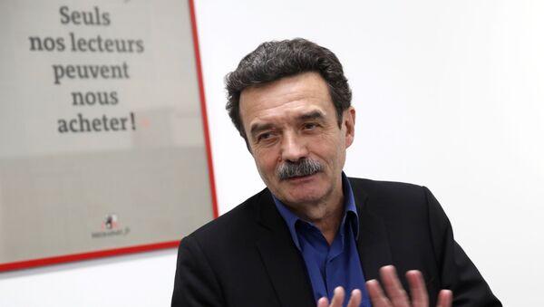 Edwy Plenel dans les locaux de Mediapart  - Sputnik France