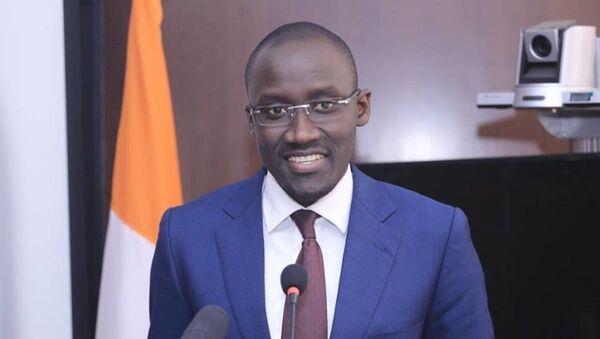 Le ministre Abdourahmane Cissé engage la lutte contre la cherté de la vie à travers une gestion optimale des factures d'électricité. - Sputnik France