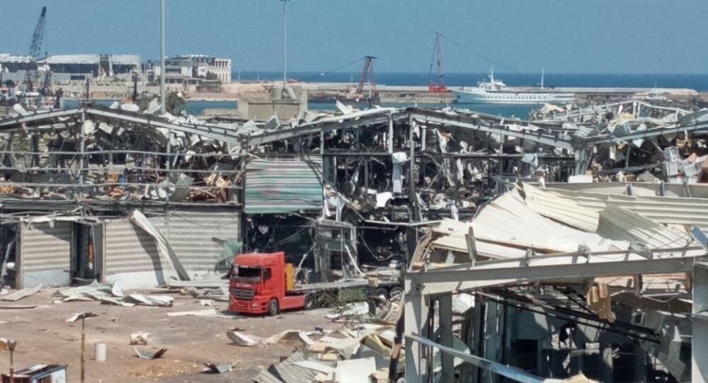 Le port maritime de Beyrouth au lendemain de l'explosion de nitrate d'ammonium du 4 août 2020