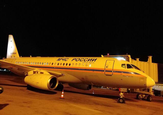 Le premier des cinq avions que prévoit d'envoyer le ministère russe des Situations d'urgence à Beyrouth vient de se poser dans la capitale libanaise
