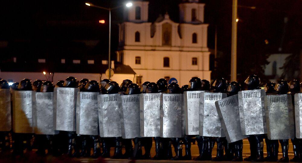 Heurts entre manifestants et policiers à Minsk
