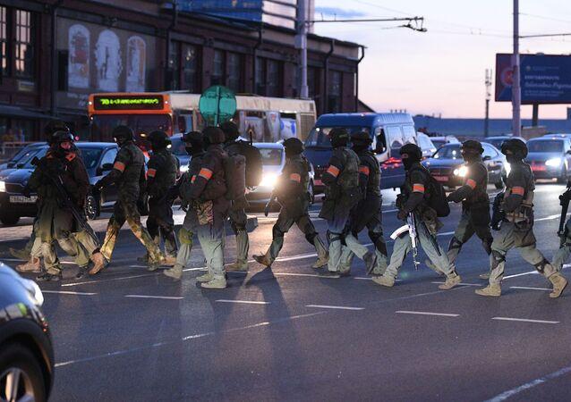 Des forces de l'ordre à Minsk (photos d'archives)