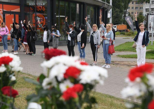 Une action pacifique à Minsk contre la violence policière, le 12 août