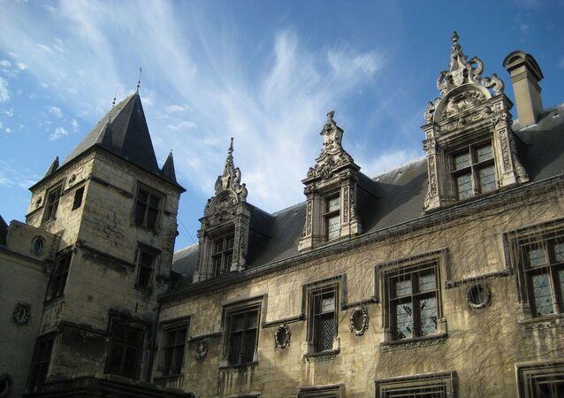 Commune de Caen