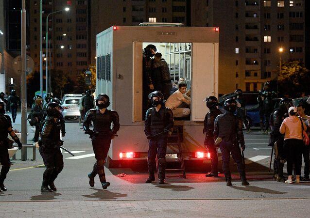 Les forces de l'ordre lors des manifestations à Minsk