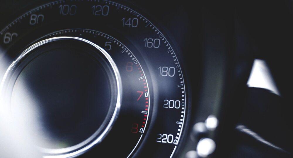 Un compteur de vitesse (image d'illustration)
