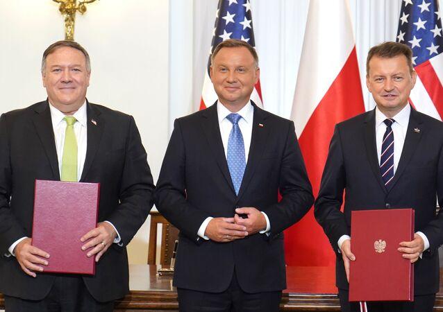 La Pologne et les États-Unis signent un accord de coopération en matière de défense
