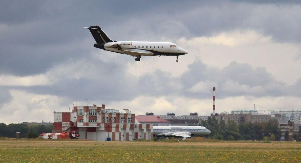 Le Bombardier Challenger 604 FAI Aviation Group atterrit à Omsk