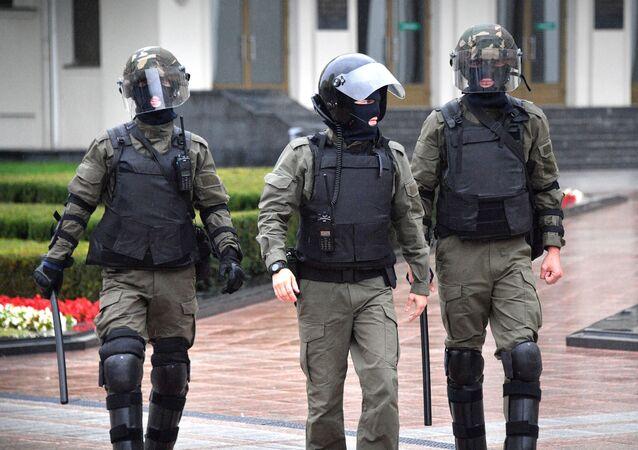 Des membres d'une unité spéciale de police à Minsk (archive photo)