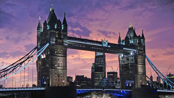 Tower Bridge - Sputnik France