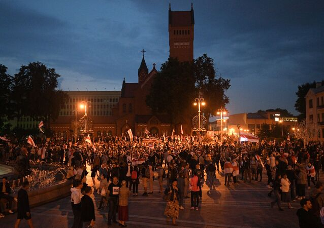 Un rassemblement de l'opposition sur la place de l'Indépendance à Minsk, le 25 août 2020