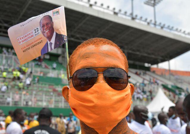 Un militant d'Alassane Ouattara