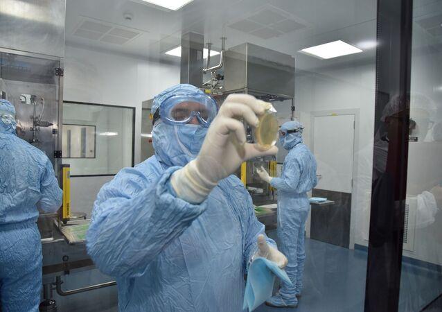 Photo de l'un des laboratoires de recherche de la société pharmaceutique Sothema qui accompage le Maroc dans cette opération inédite.