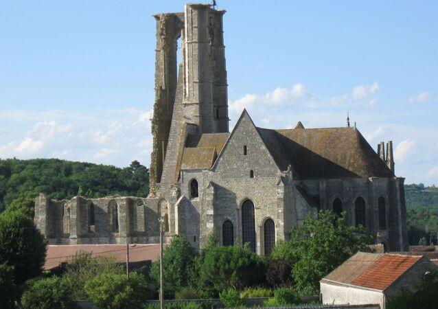Église Saint-Mathurin de Larchant