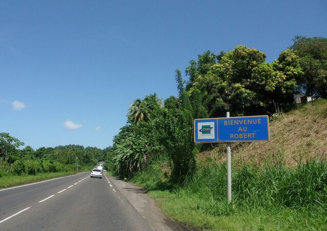 Entrée sur la commune du Robert via la Route Nationale 1, en Martinique.