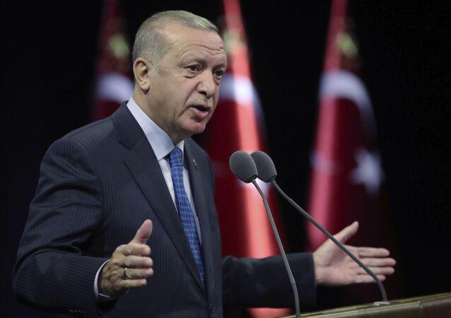 Le président turc, Recep Tayyip Erdogan, s'exprime durant un meeting à Ankara, Turquie, 1 septembre 2020