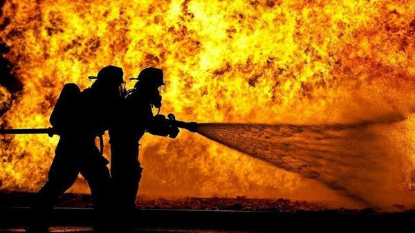 Des pompiers - Sputnik France