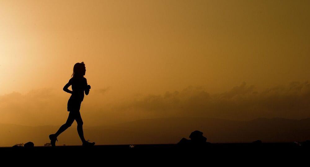 Une femme qui court