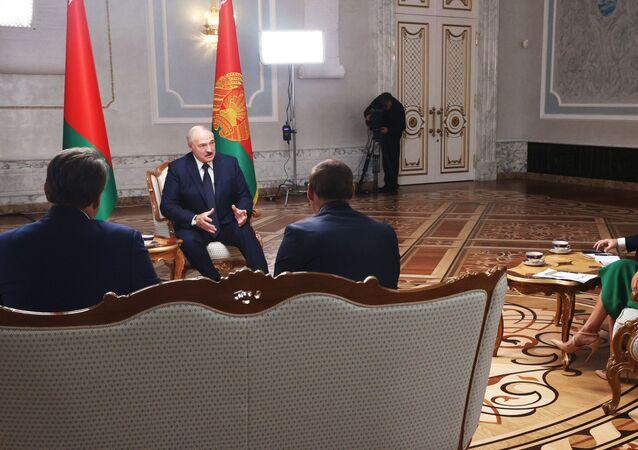 Alexandre Loukachenko accorde un entretien aux médias russes