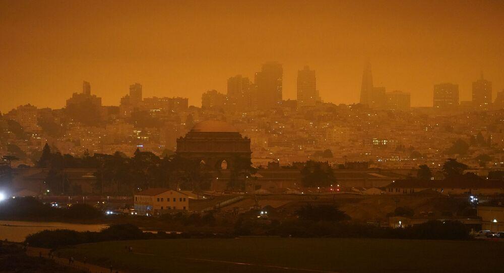 San Francisco plongée dans la fumée due aux incendies