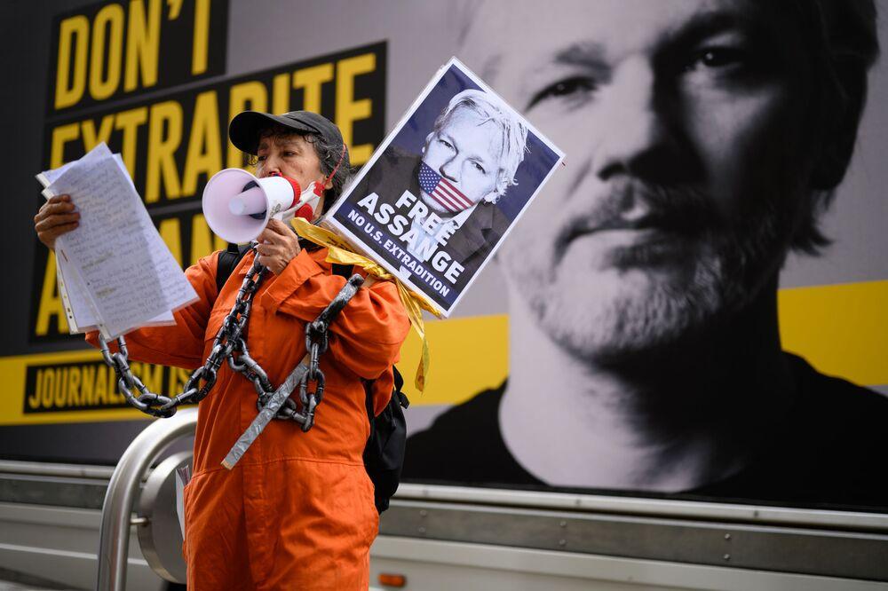 Un rassemblement contre l'extradition de Julian Assange à Londres