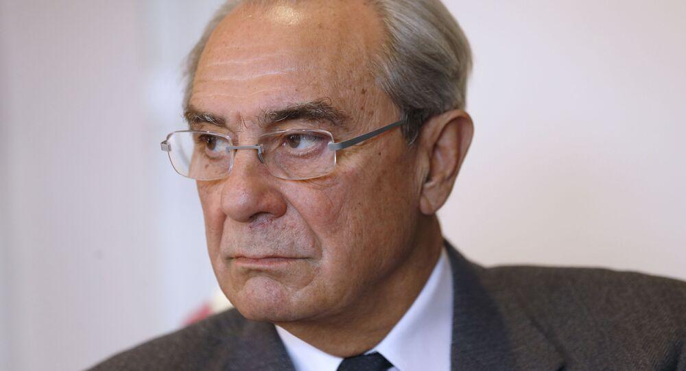 Le journaliste et écrivain François Debré est mort