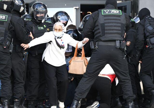 Rassemblement anti-gouvernemental à Minsk