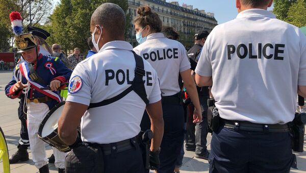 Des policiers - Sputnik France