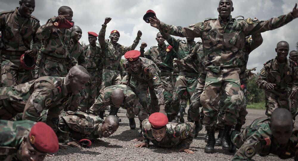 Les nouvelles recrues de l'armée centrafricaine entraînées par des consultants russes