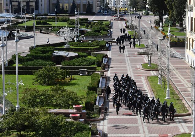 Forces de l'ordre sur la place de l'Indépendance à Minsk, le 20 septembre 2020