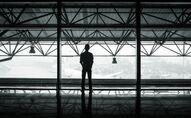 Attente. Solitude. Aéroport. Image d'illustration