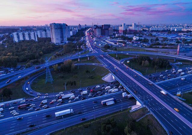L'avenue Kachirskoïe et l'autoroute périphérique de Moscou