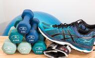 Haltères. Sport. Fitness. Mise en forme. Image d'illustration
