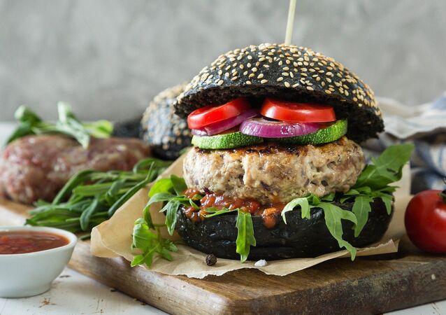 Hamburger pain noir végétarien
