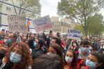 «Civils arméniens en danger»: manifestation devant l'ambassade d'Azerbaïdjan à Paris – vidéo