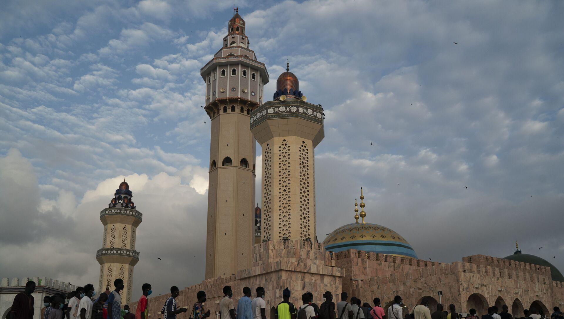 La mosquée de Touba. Sénégal. - Sputnik France, 1920, 17.08.2021