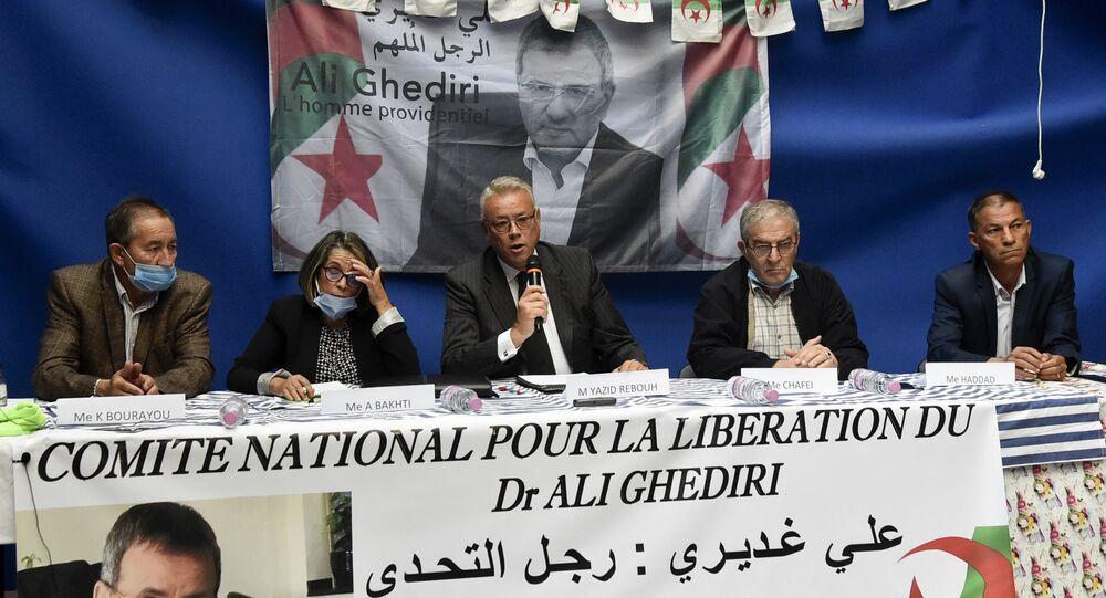 Les avocats d'Ali Ghediri donnent une conférence de presse le 3 octobre 2020 à Alger.