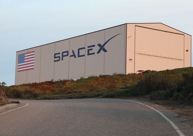 Un hangar de SpaceX