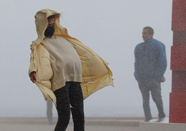 La Promenade des Anglais à Nice pendant le passage de la tempête Alex