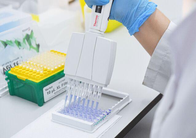 Production et essais du vaccin anti-Covid russe Spoutnik V