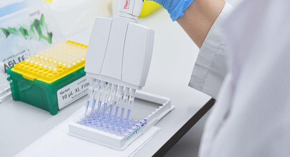 Vladimir Poutine annonce l'enregistrement d'un deuxième vaccin russe contre le Covid-19
