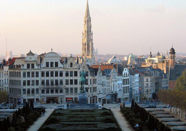 Bruxelles (Belgique), l'hôtel de ville et le centre de la vieille ville vus depuis le Mont des Arts.