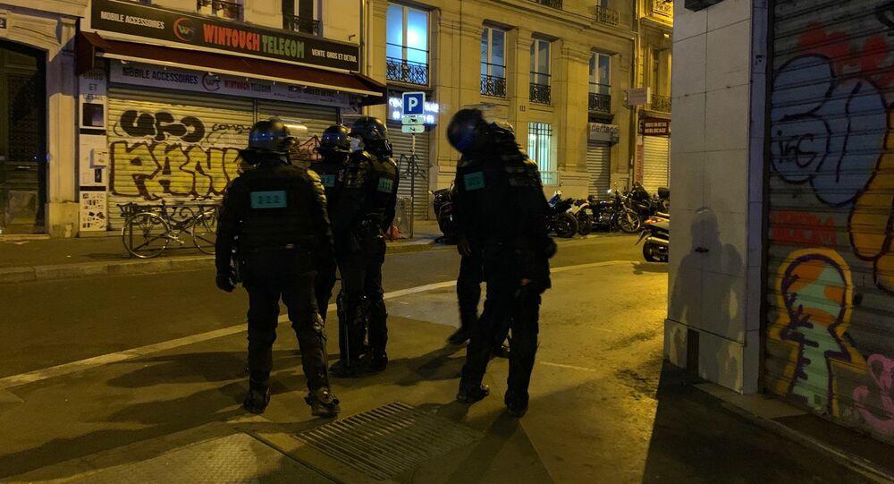 Paris lors de la première soirée de couvre-feu, le 17 octobre