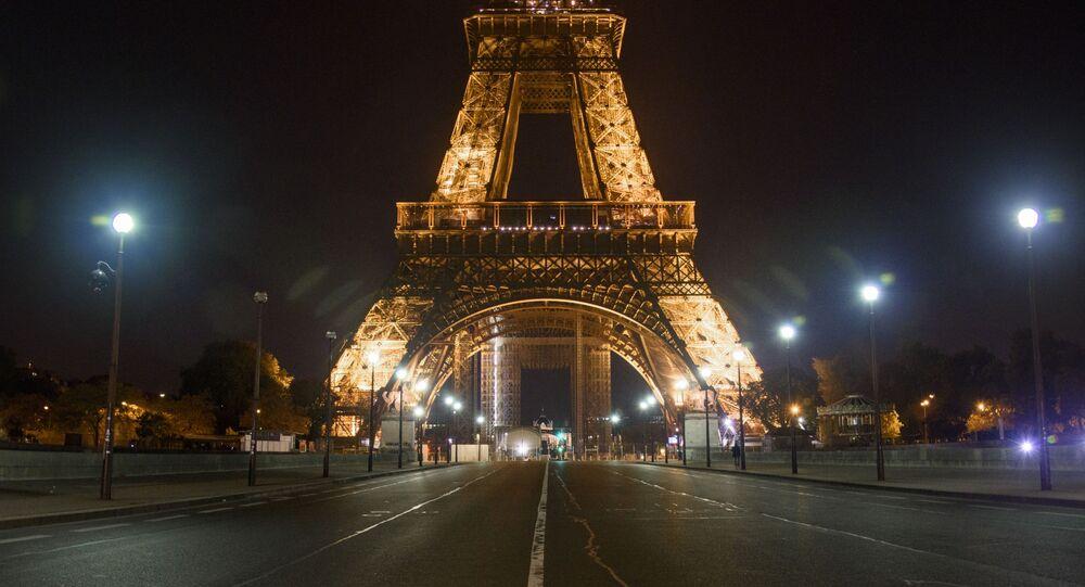 Pont d'Iéna pendant le couvre-feu à Paris